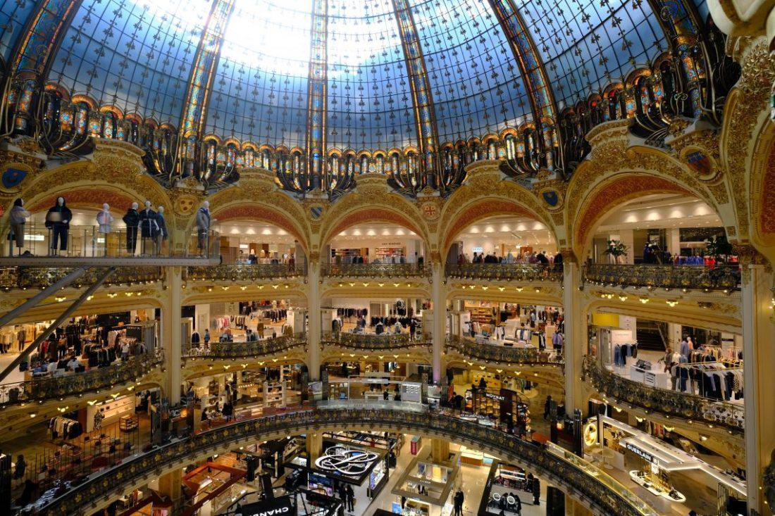 Une vue de la splendide coupole des Galeries Lafayette