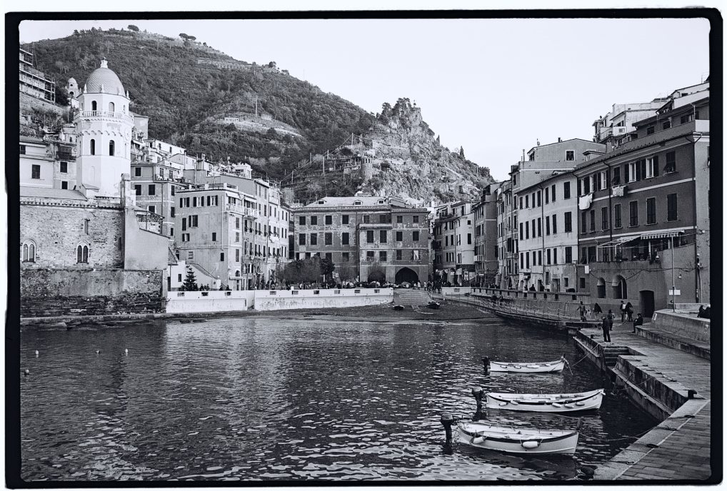 Le petit port de Vernazza en hiver