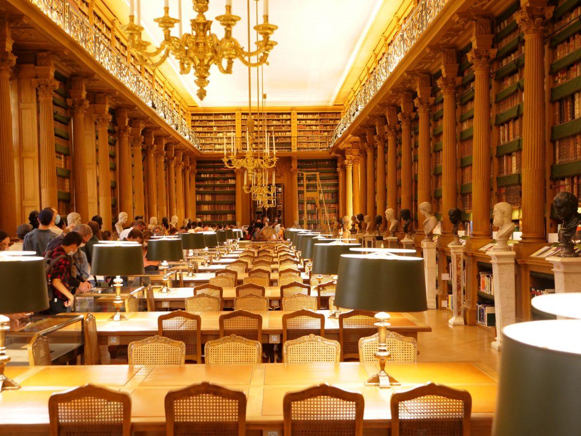 La jolie bibliothèque de l'institut de France