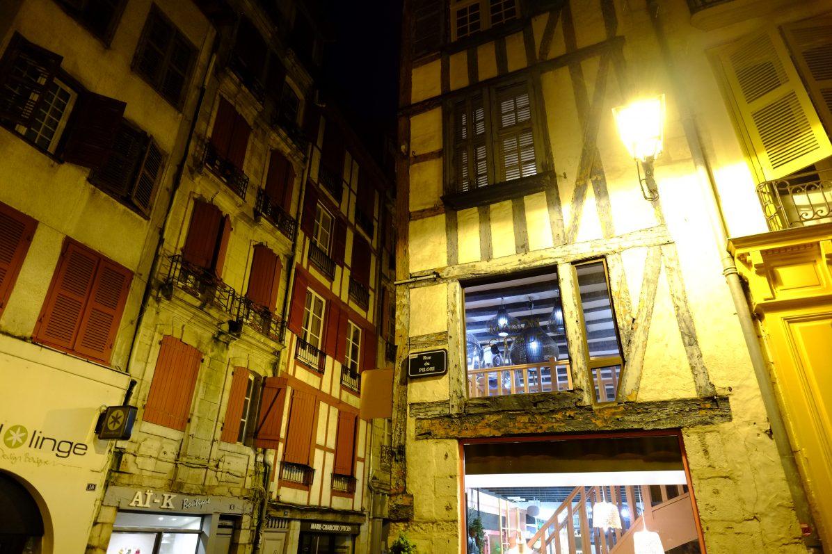 La rue du Pilori, l'une des plus belles rues de la ville