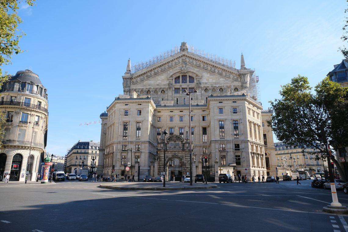 L'arrière du Palais Garnier vue depuis le boulevard Haussmann