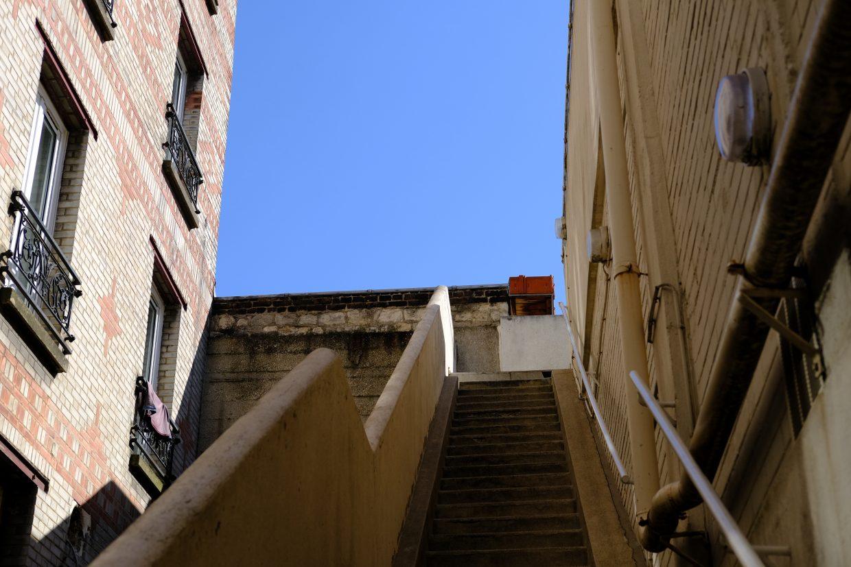 Le grand escalier qui permet d'accéder à la petite Russie