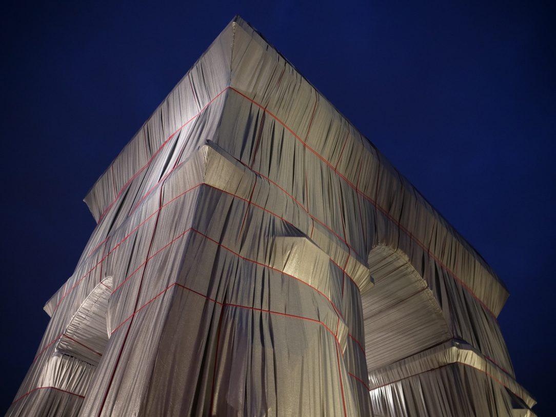 L'œuvre de Christo vue de nuit